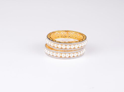 AD Lined Pearl Bangle